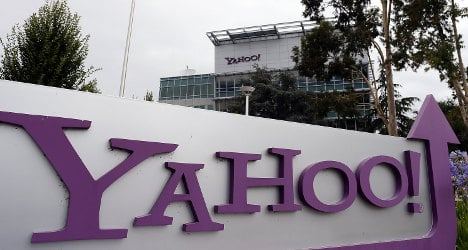 French minister blasted for saying 'Non' to Yahoo!