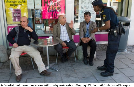 Riot police 'resorted to racial slurs' in Husby