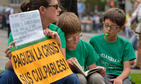 Spain approves crisis education reform