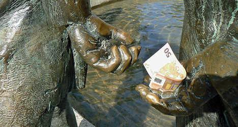 Most Italians say politics is corrupt: study