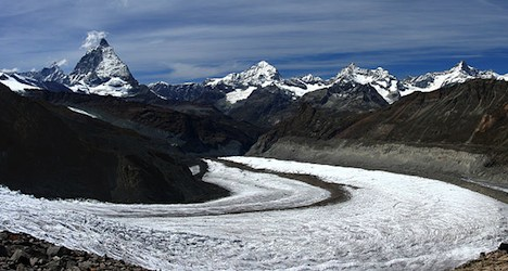 Bern boy dies after being hit by glacier rock