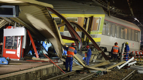 Hunt for clues begins as French rail crash kills six