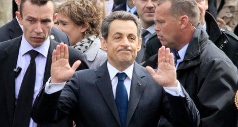Sarkozy denies return at UMP crisis summit