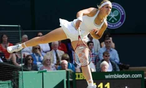 Wimbledon: Lisicki beats champion Williams