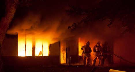 Drunk students burn down Rome school