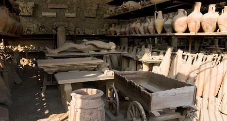Pompeii tackles rogue tour guides