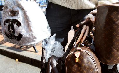 Italian police seize 18 million fake goods