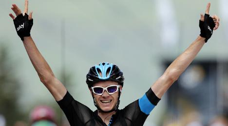 Tour de France: Britain's Froome wins stage 8
