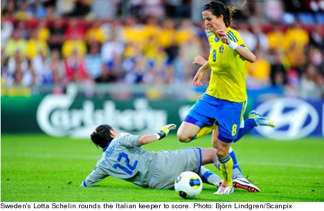 Swedish women cruise into Euro quarter-finals