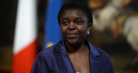 Noose protest against Italy's first black minister