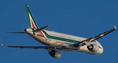 Alitalia asks for €55 million to balance books