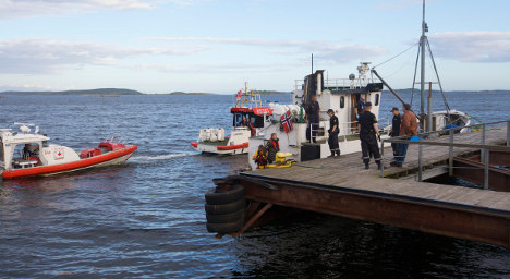 Boat shoot-out victim 'too weak' for questioning