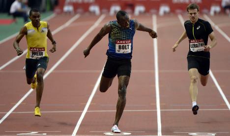 Usain Bolt delivers 200m belter in Paris