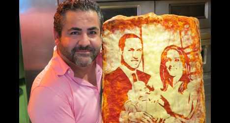 Italian gives birth to royal baby pizza