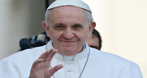 Pope holds mass for perished migrants