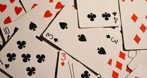 Spaniards cut spending on gambling