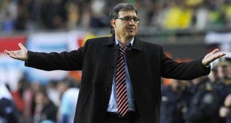 Messi clan backs new Barça manager