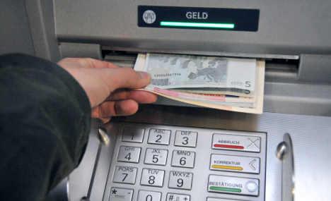 Cashpoint criminals target hundreds of ATMs