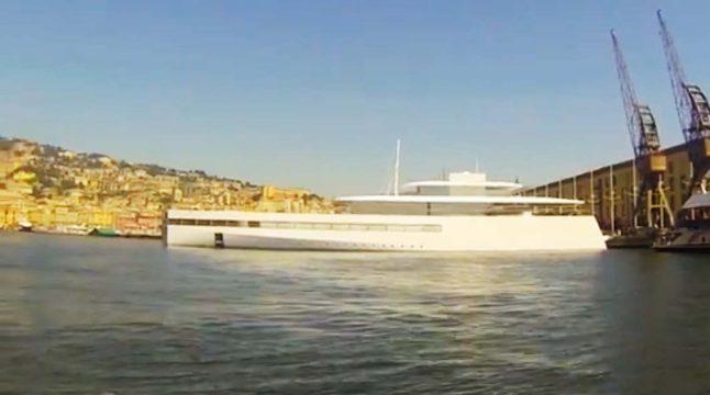 Steve Jobs' 'Apple-style' yacht sails into Genoa