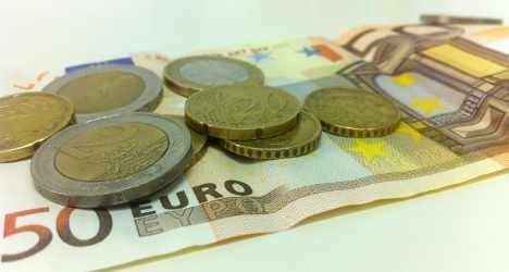 Italy's GDP shrinks for eighth straight quarter