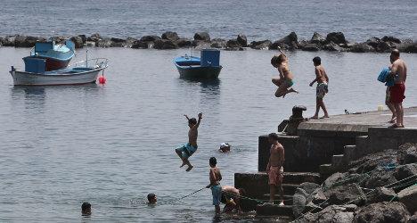Broke Spaniards opt for low-cost summer break