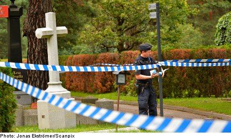Police suspect murder after dead child found