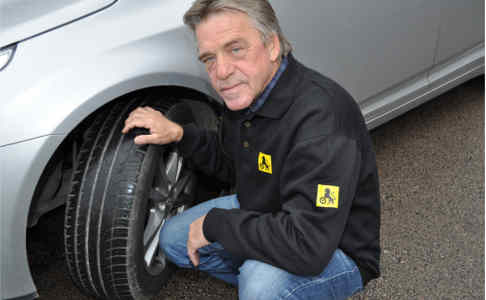 Norwegians can't even change a car tyre: report