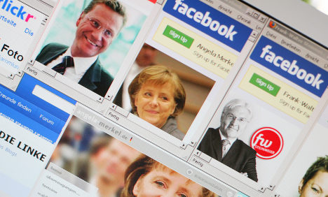 Government makes 2,000 Facebook data requests