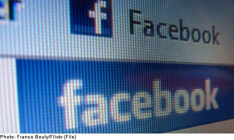 Teen charged for nude 'selfie' Facebook post