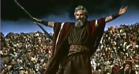 Sea of Spaniards floods Moses movie casting