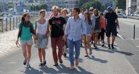 Paris bans anti-gay marriage 'pilgrims' demo
