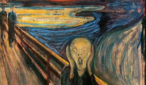 Hundreds gather to 'scream' in Munch tribute