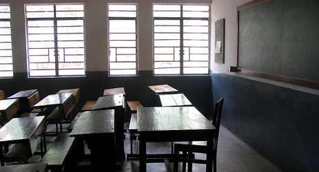 'Sex for grades' school teacher arrested