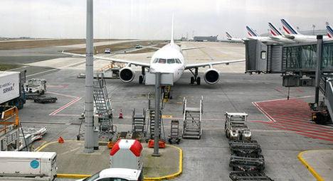 Wing problem forces Paris-US flight to divert