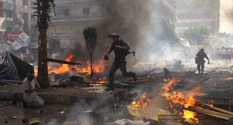 Italian travellers warned over Egypt violence