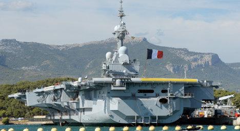 French Navy 'sends warship towards Syria'