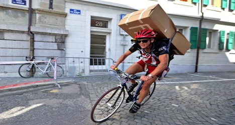 Reitzel wins cycle messenger world title