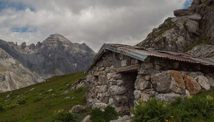 'Rosary' kept lost grandmother safe in Alps