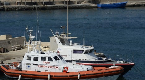 Italy rescues 200 more boat migrants