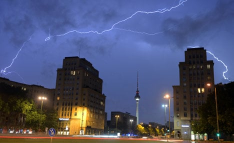 Pigs burn in huge lightning storm
