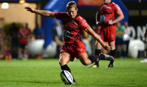 Wilkinson trumps Sexton in five-try Toulon romp