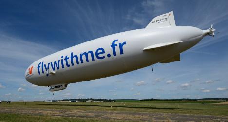 VIDEO: New Zeppelin cruises over Paris