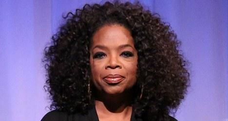 Rights group blasts Oprah over crocodile bag