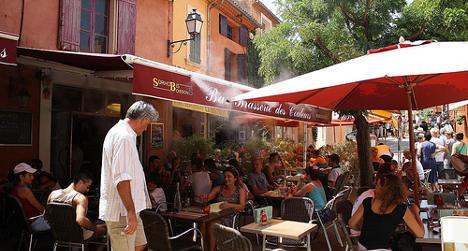 Health warning issued over café mist sprayers
