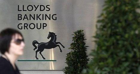 Lloyds bank's Swiss arm sacking 200 staff: report