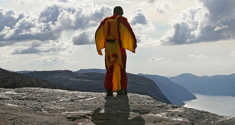 Alps: Safety fears as fifth wingsuit flyer dies