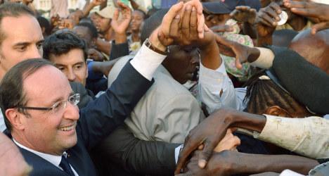 Hollande hails Mali presidential election