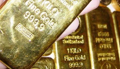Fifty kilos of gold stolen from Zurich-bound  plane
