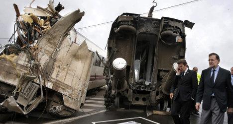 Railway bosses charged over Santiago crash