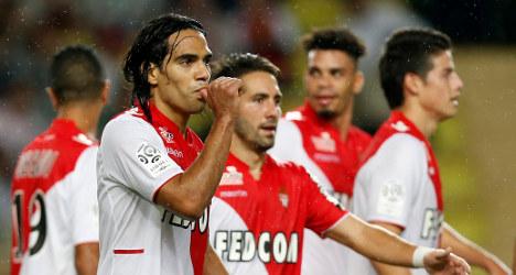 Falcao double keeps Monaco top of the league